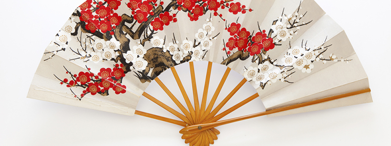 お土産にも大人気!「扇子」の起源と歴史を知りたい