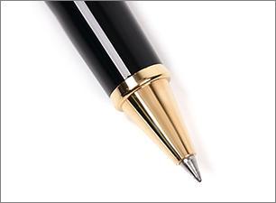 ゲルインクは、なめらかな書き味の水性インクと、退色しにくい油性ボールペンのいいとこどり!